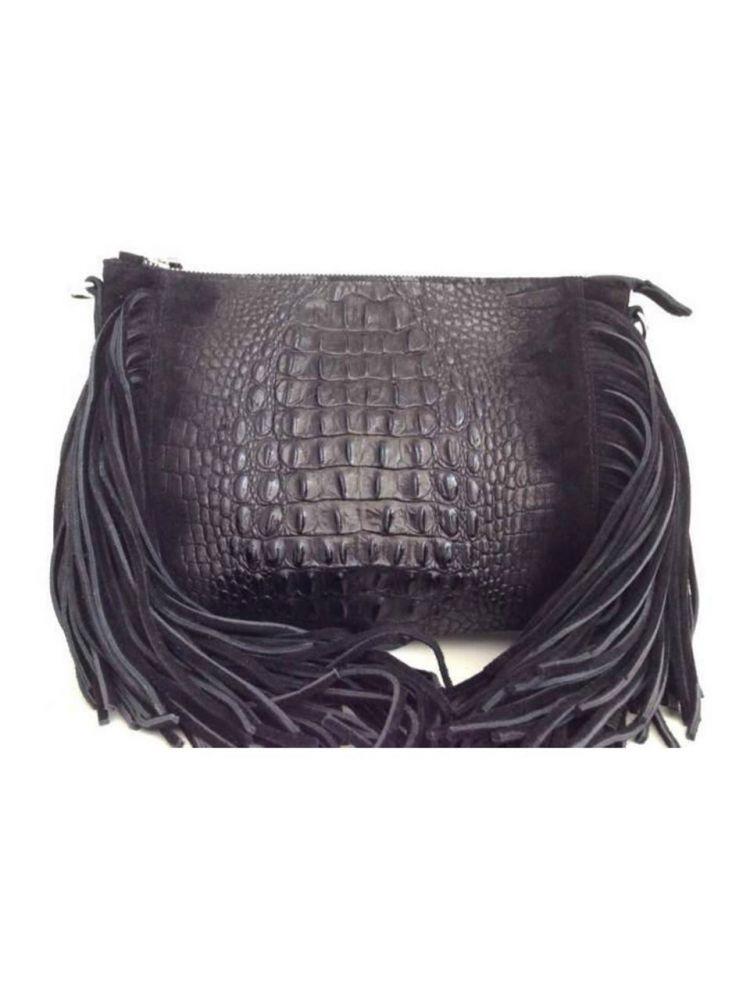 Μονόχρωμη δερμάτινη τσάντα με κροσάκια LIMITED EDITION