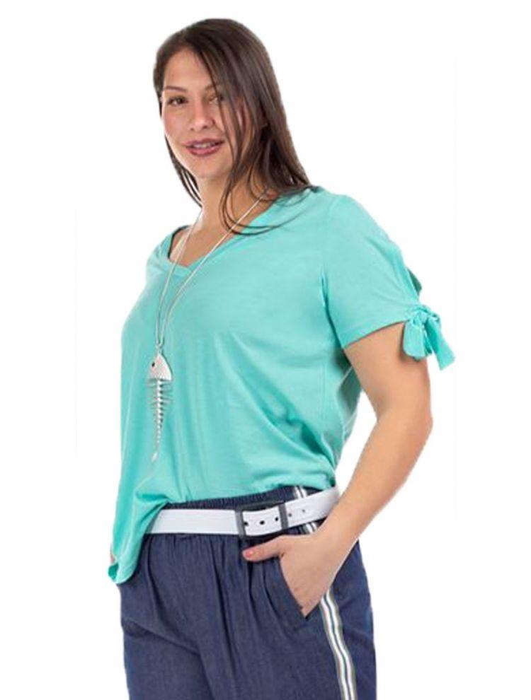 Μονόχρωμη Μπλούζα με Άνοιγμα και Δέσιμο στα Μανίκια